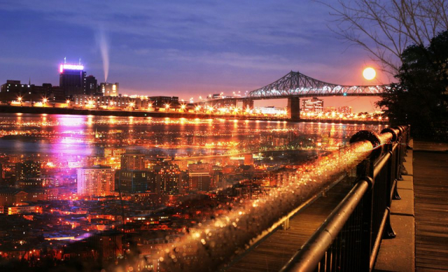 Pont Jacques Cartier a Montreal 1 - photo stock