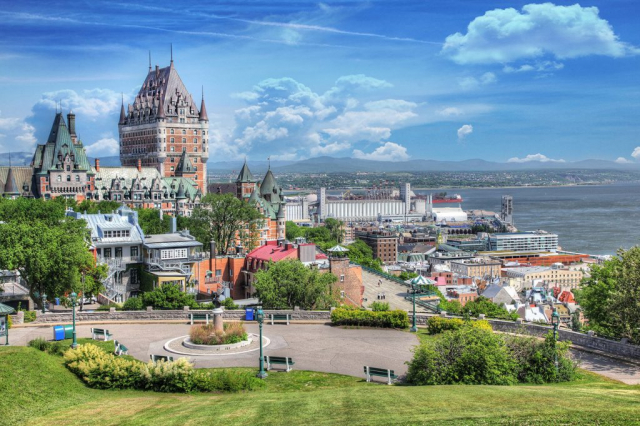 Le vieux Québec en été - photo stock