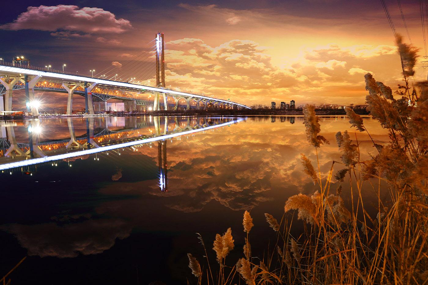 Nouveau Pont Samuel de Champlain de Montreal - photo stock